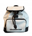 backpack_lady_1