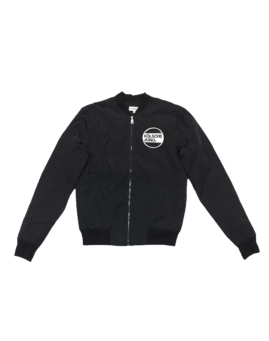 ultra_jacket_front